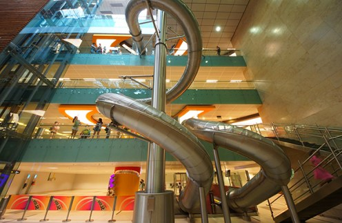 singapore-airport-slide1