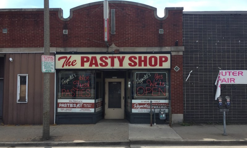 pasty, pasty review, pasties, pasty guy, reynold's pasty shop, wisconsin pasties