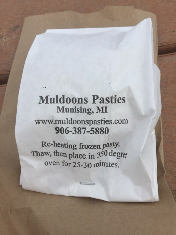 pasty, pasty review, pasties, pasty guy, muldoon's pasties, munising