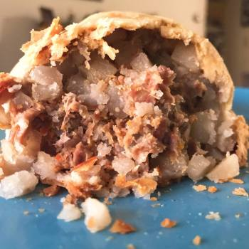 pasty, pasty review, pasties, pasty guy, pasty trail, syl's cafe, ontonagon
