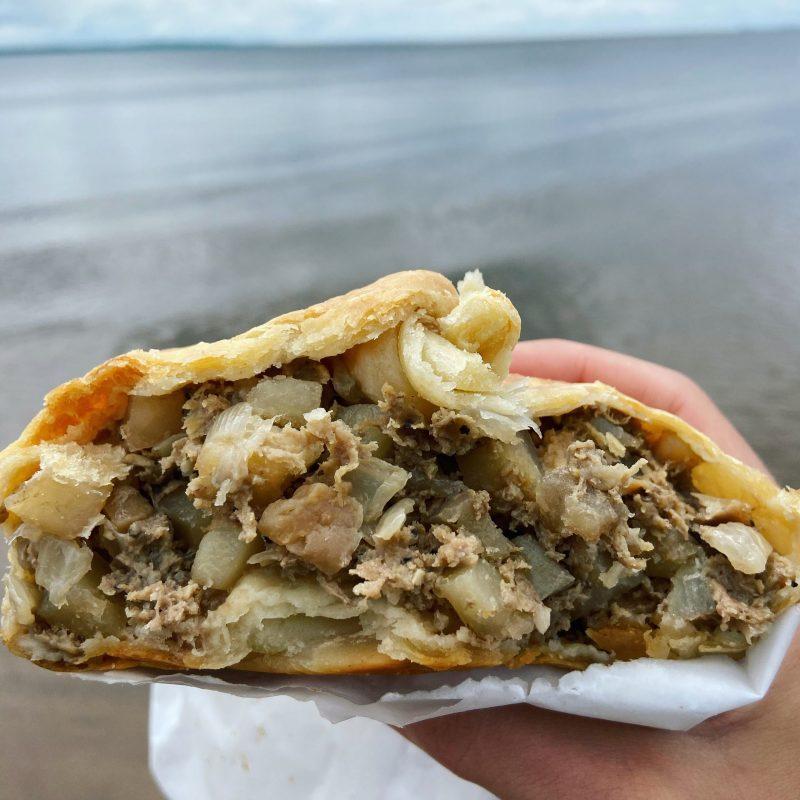 pasty, pasty review, pasties, pasty guy, pasty trail, antonios, iron mountain, upper peninsula