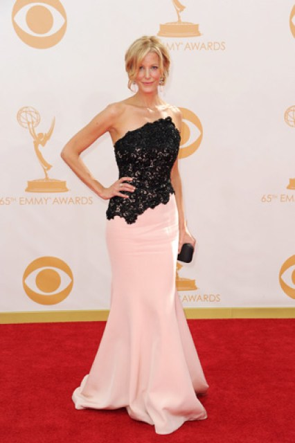 2013-emmy-awards-red-carpet-anna-gunn-patranila-project