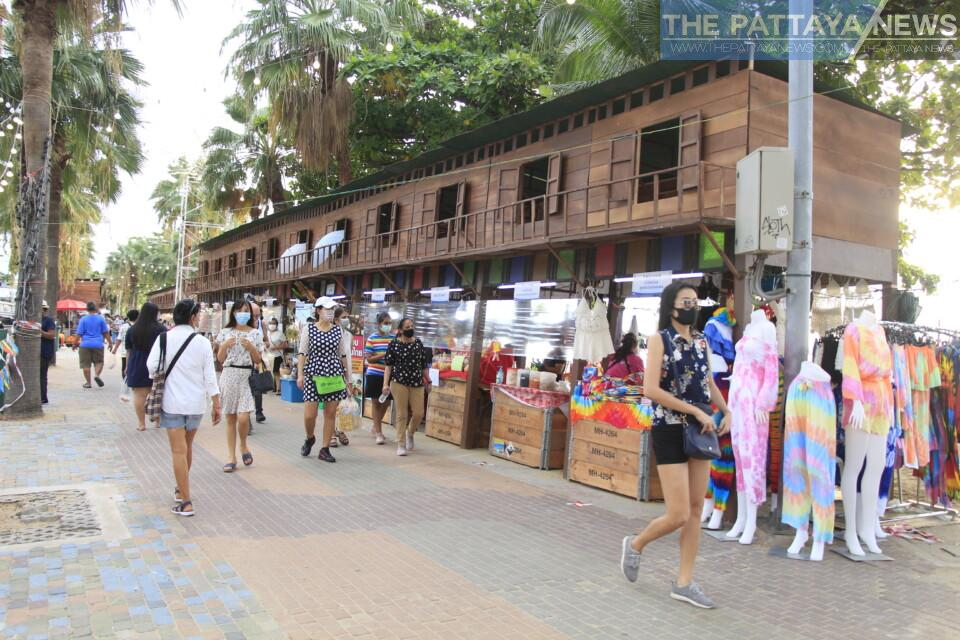 Take a look at the top local stories in Pattaya from last week: Owner of local pitbull dies after attack, Koh Larn still open, Music festival delayed, and more... - The Pattaya News