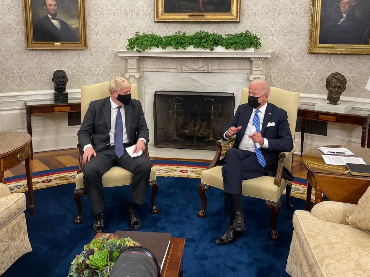 Prime Minister Boris Johnson and President Biden in the Oval Office