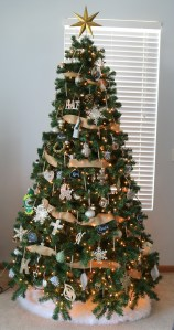 Rustic Neutral Color Christmas Tree
