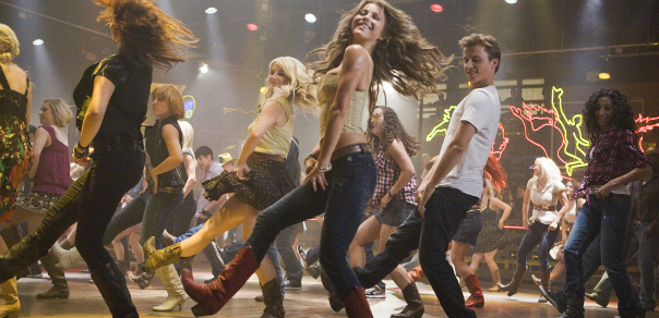 A Second 'Footloose' Trailer Dances Its Way Online!