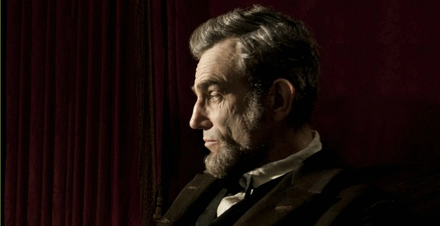 All Stand For Daniel Day Lewis as Lincon Gets Its First Trailer!