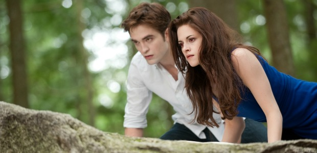 Watch New Twilight Saga:Breaking Dawn Part 2 Featurette & TV Spot