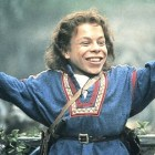 Willow Star & Director Warwick Davis And Ron Howard Reunite On Twitter