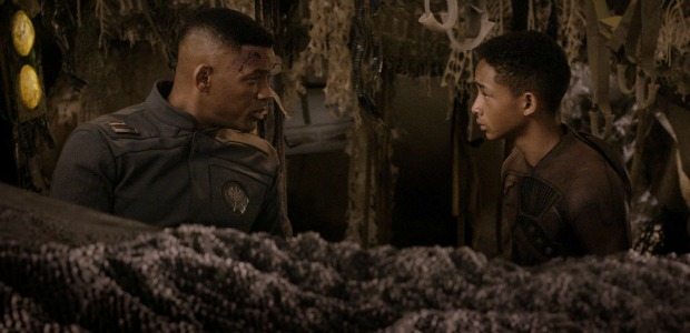 After Earth TV Spot 1 Teases Us With Big Creatures!