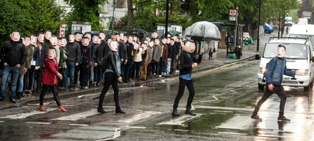 Frank_100 Franks head to Abbey Road for London's most famous crossing
