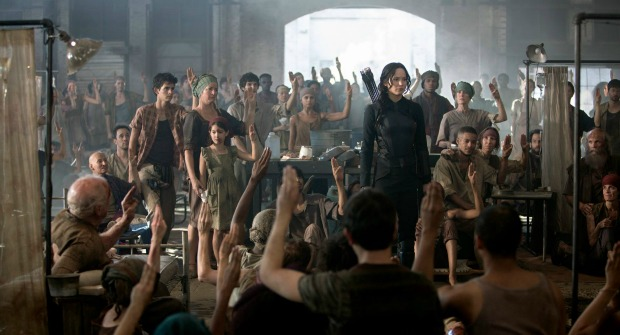Burn Baby Burn The Hunger Games:Mockinjay Part 1 Gets One Last Trailer