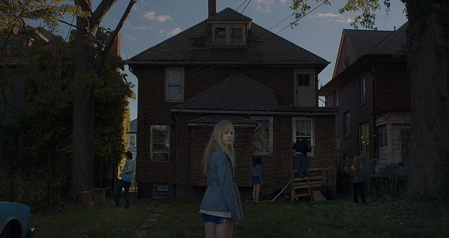 GFF2015 – Watch The Chilling UK Trailer For It Follows