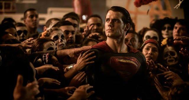 God Versus Man In New Batman V Superman: Dawn Of Justice Trailer
