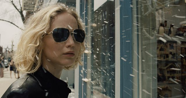 Jennifer Lawrence Sparkles In New Joy Trailer And Poster