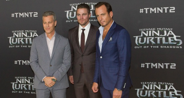 Teenage  Mutant Ninja Turtles Interview – Brad Fuller, Stephen Amell, Will Arnett.