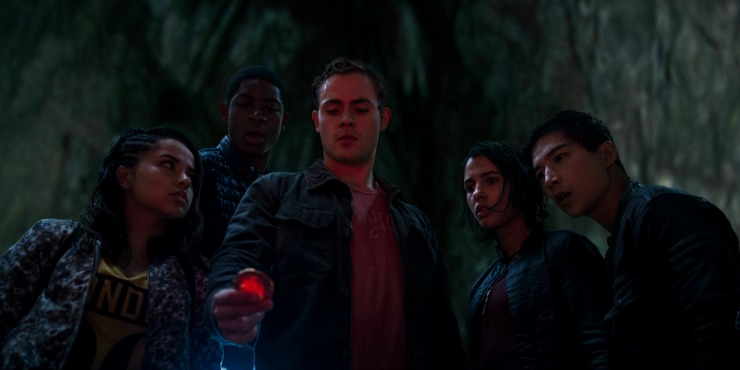 In New Power Rangers Clip The Wannabe Rangers Find A Spaceship