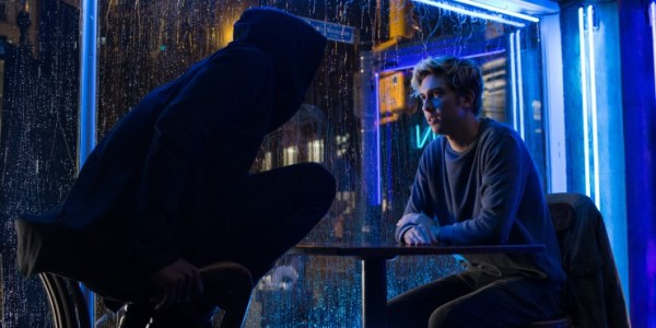 L Confronts Light In New Netflix Death Note Clip