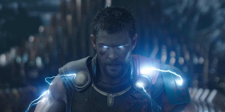 New Thor :Ragnarok Featurette Highlights The Fun In Been God Of Thunder