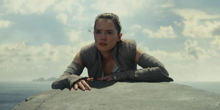 In New Star Wars: The Last Jedi TV Spot 'Destiny Strikes Back'