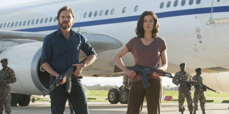Check Out New Entebbe Movie Poster  Starring Daniel Brühl