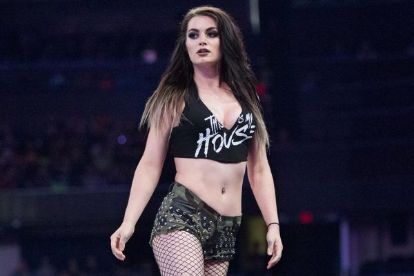 Paige Possibly Injured At WWE House Show Last Night