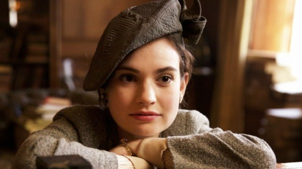 Film Review – The Guernsey Literary and Potato Peel Pie Society (2018)