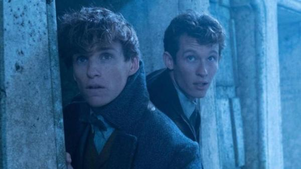 In Fantastic Beasts: The Crimes of Grindelwald Final Trailer War Is Coming