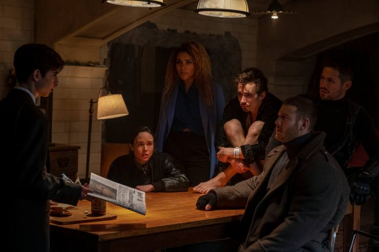 Netflix Gives First Look At The Umbrella Academy, Their New Superheroes!