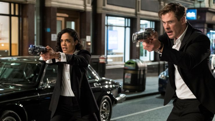 Men In Black International First Trailer Chris Hemsworth & Tessa Thompson Protect Earth