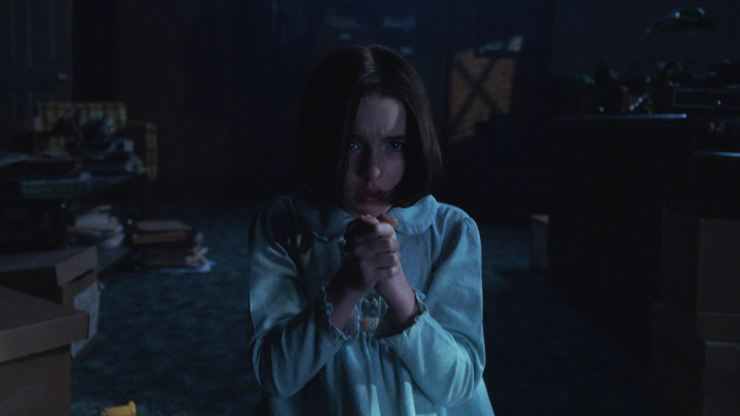 In Annabelle Comes Home New Trailer Annabelle Wants Your Soul!