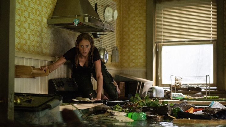Beware! You're Not Alone In New Crawl Clip!