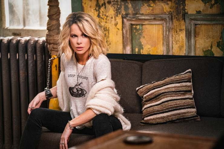 Kate Beckinsale Has 'Rage' In First Look At Actioner Jolt