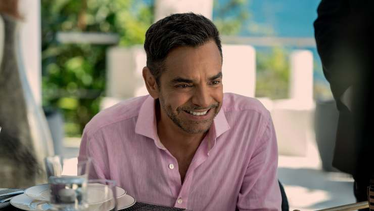 Apple TV+  Unveil Trailer For Dual Language Comedy Acapulco