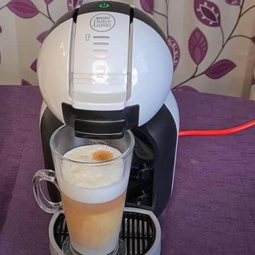 Delonghi Nescafe Dolce Gusto Mini Me coffee machine