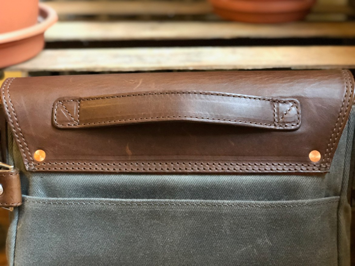 Pad & Quill Field Bag Review magazine sleeve