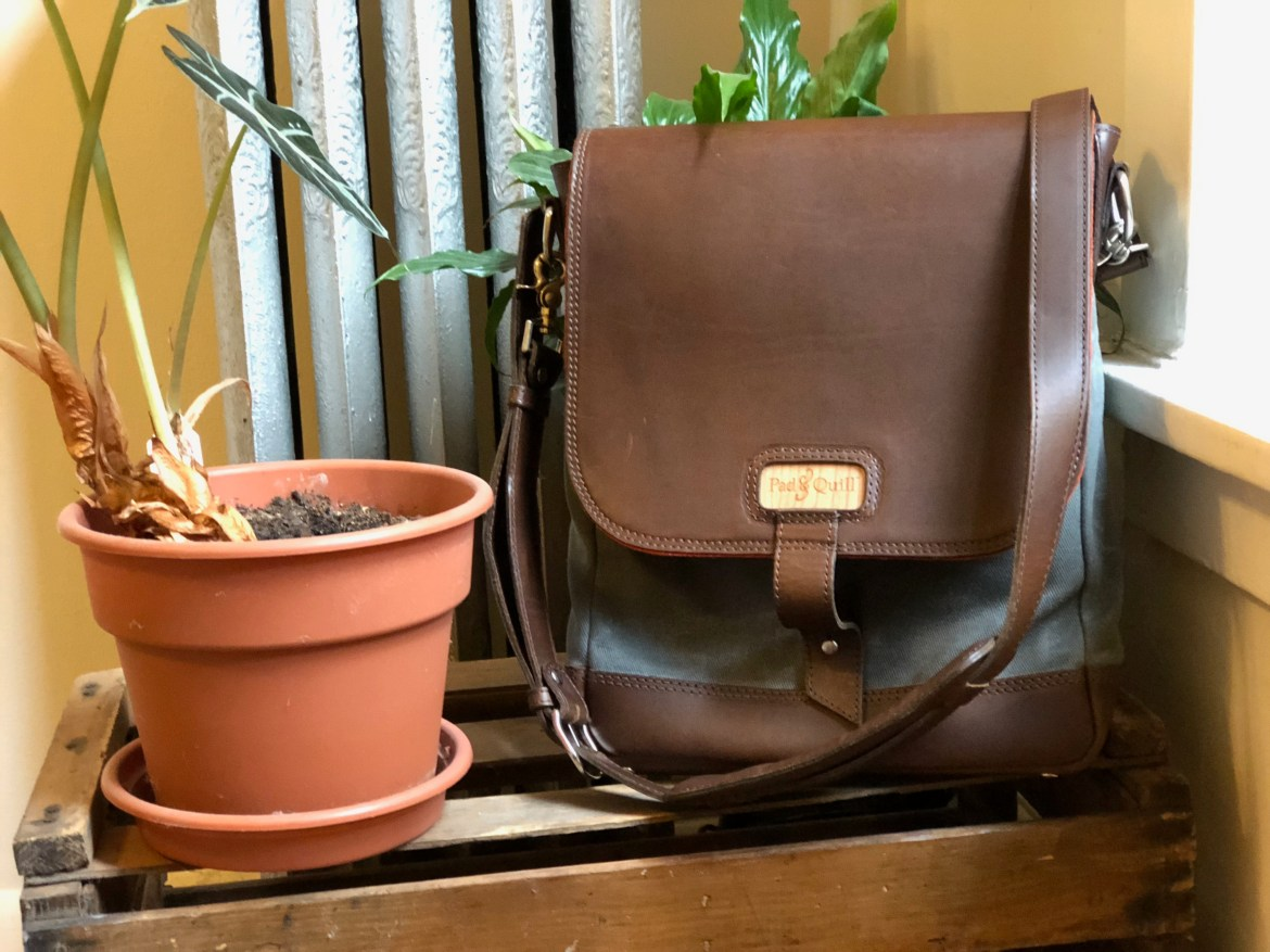 Pad & Quill Field Bag Review front of bag