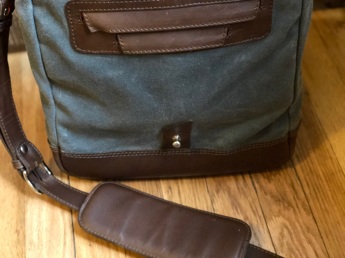 Pad & Quill Field Bag Review under flap
