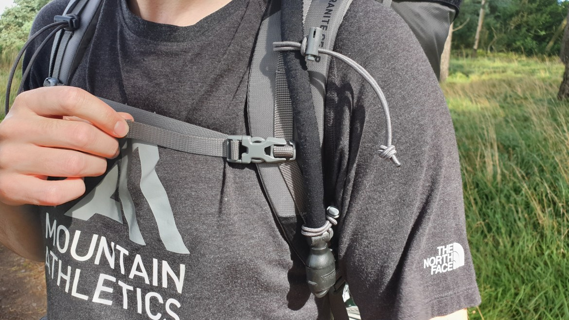 Massdrop X Granite Gear Crown2 backpack review chest strap bungee retainers camelbak hose