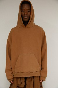 kanye-west-yeezy-season-2-official-images-08-320x480