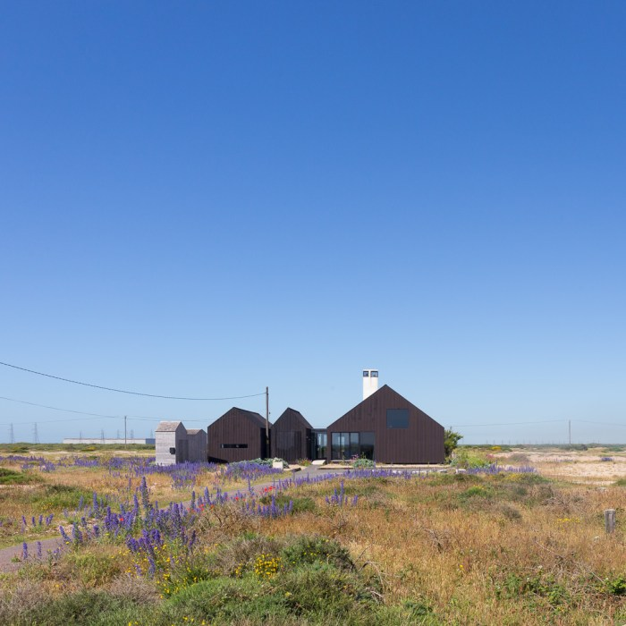 Shingle House, by NORD Architecture, Dungeness.