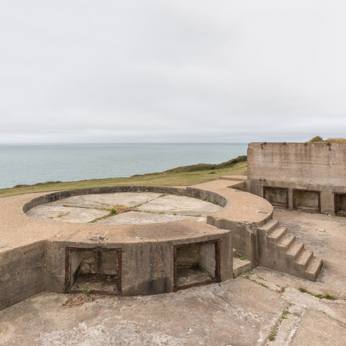 WW2 Emergency Battery, Eastern gun emplacement with shell lockers. Newhaven, Sussex.