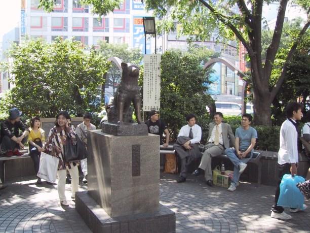 Hachiko_statue_02