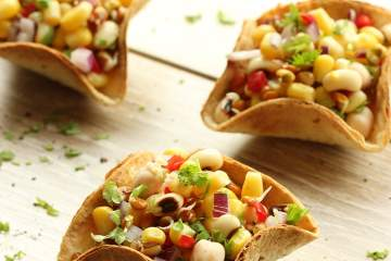 Mexican Taco Bowls with Mixed Bean Salsa - recipe by the petite cook