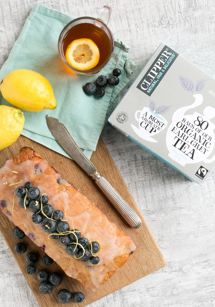 This Blueberry and Lemon Earl Grey Tea Cake is the perfect addition to an afternoon tea. A lightly infused Earl Grey sponge and a decadent lemon glaze, match just brilliantly the refreshing taste of seasonal blueberries! Recipe from The Petite Cook