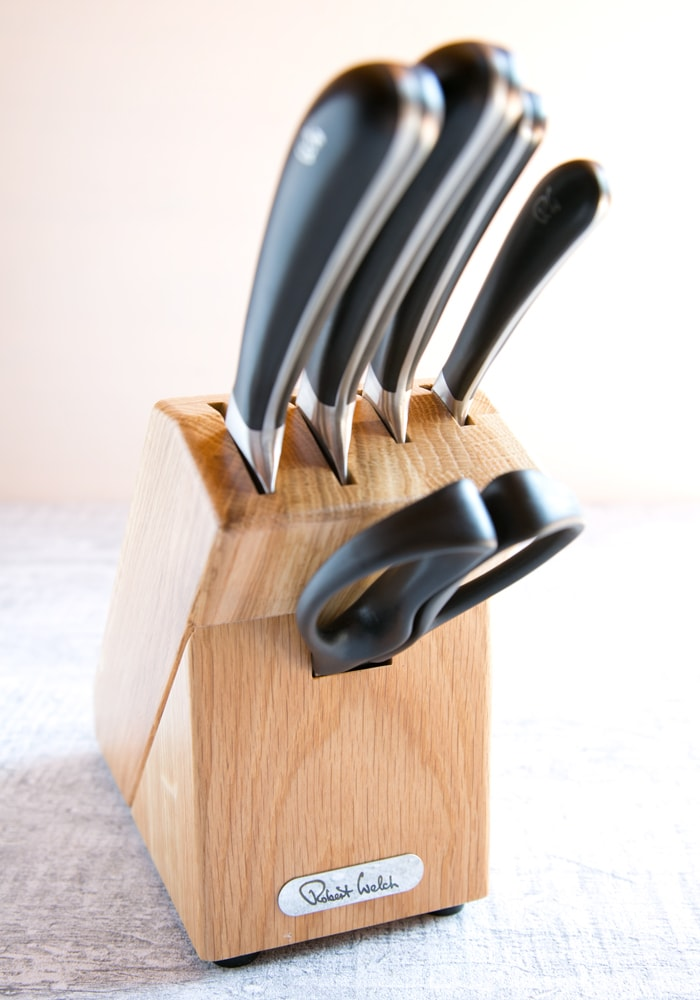 WIN 1 Robert Welch Signature Knife Block Set worth £188 - Simply enter the giveaway for a chance to put your hands on this beautiful knife set!