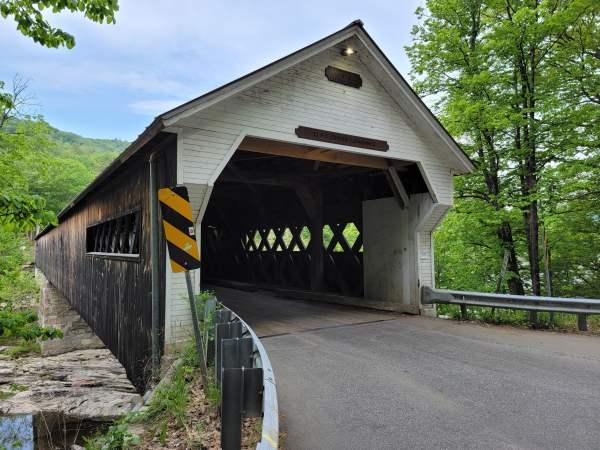 Dummerston Vermont Covered Bridge (Photos)