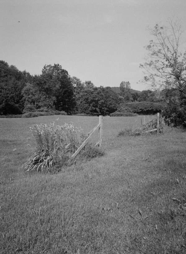 Gateway to Nowhere (Photo)