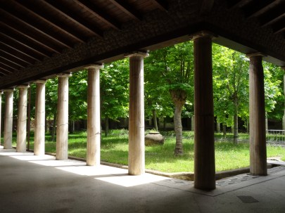The shaded pool area of the Villa San Marco in Stabiae