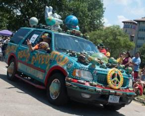 120530 Art Car-1-1-47